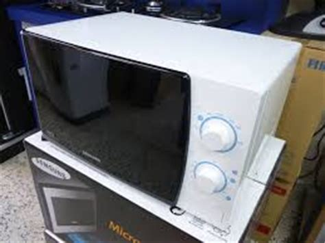 Microwave Samsung Me711k samsung microwave oven me711k 20l