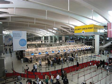 Jfk Airport Information Desk by Come Raggiungere New York Dagli Aeroporti Kennedy E Newark