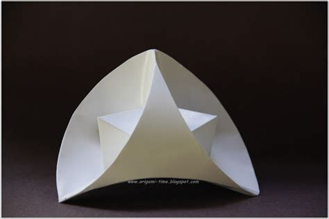 Curved Origami - origami stellated curved tetrahedron top half by origami