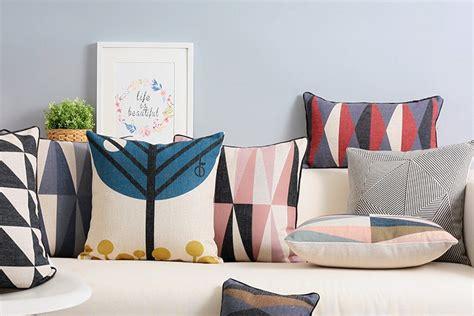 realizzare cuscini come realizzare cuscini fai da te per il divano guide e