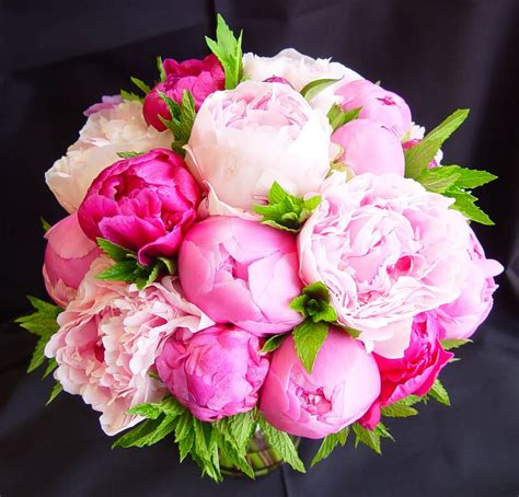 pink peonies 5 of the prettiest spring wedding bouquets ever