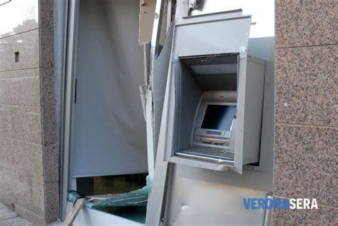 banca antonveneta colpo nella notte in una filiale di antonveneta ladri in
