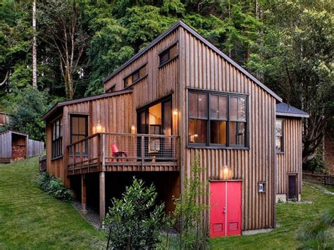 tiny cabin and tiny house which is better tiny cabin small rustic cottage house rustic small cabins tiny