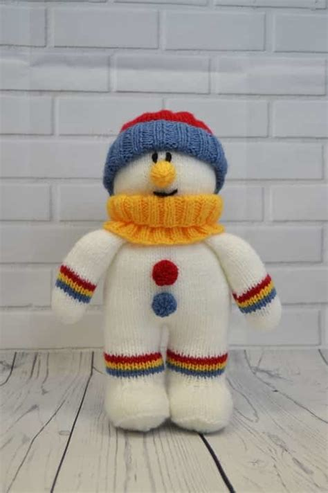 knitted snowman festive friends snowman knitting pattern knitting by post