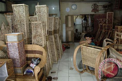 Kursi Rotan Cirebon kerajinan rotan cirebon masuk pasar amerika dan eropa