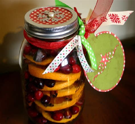 christmas in the air potpourri top 10 diy potpourri top inspired