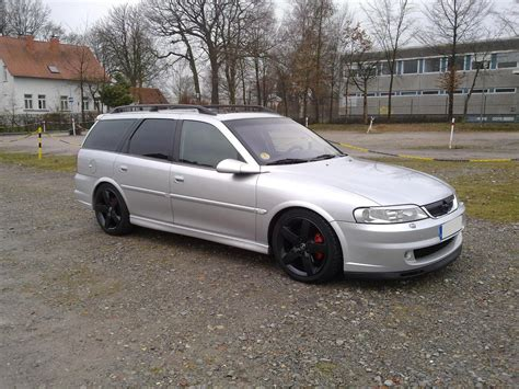 opel vectra b sport 2001 opel vectra b caravan pictures information and