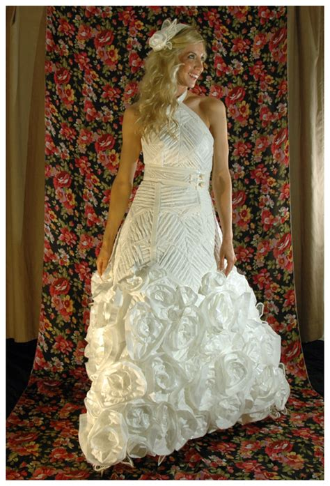Wedding Contests by Wedding Contest 2013 Toilet Paper Wedding Dress