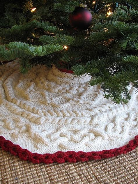 christmas tree skirt knitted from handknit holidays
