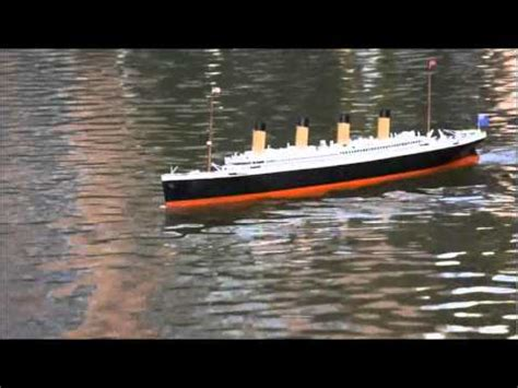 rc boats sinking youtube titanic remote control rc model ship scale 1 212 youtube