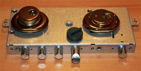 cambiare serratura porta blindata prezzo serratura a cilindro europeo serrature di nuove generazione