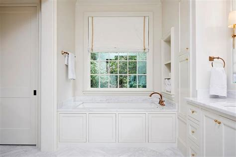 Wainscoting Around Tub by Wainscoting Panels On Bathtub Transitional Bathroom