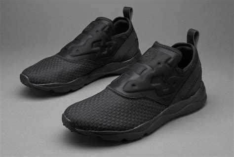 sepatu sneakers reebok furylite slip on ww black