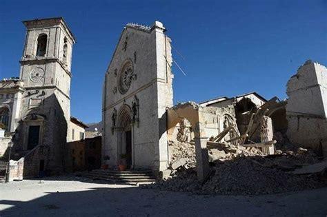 la bellezza del mondo 171 parrocchia san benedetto abate torino siena ospita l arte di norcia la bellezza ferita dal terremoto siena news