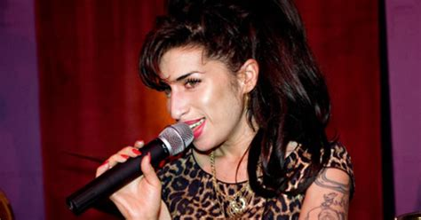 Winehouse Takes Nyc By by Winehouse S Parents To Inherit 4 66 Million