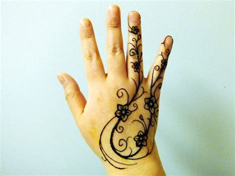 henna design for right hand images of simple mehandi designs for kids latest mehandi
