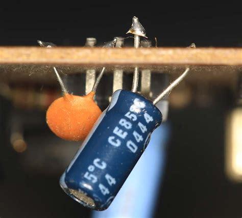 kapasitor adalah elektrologi waskita adijarto