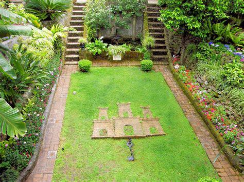 Gibraltar Botanic Gardens File The Dell Gibraltar Botanic Gardens Jpg Wikimedia Commons