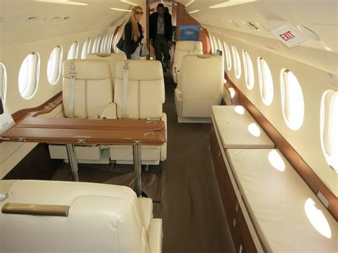 interior pictures file dassault falcon 7x forward cabin interior with