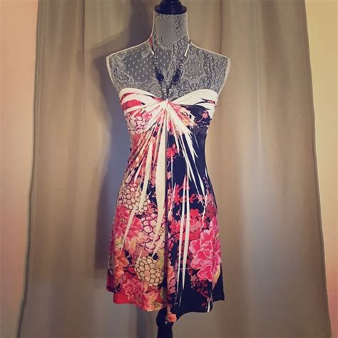 Be In With The New Arden B Dresses by 57 Arden B Dresses Skirts Arden B Halter Floral