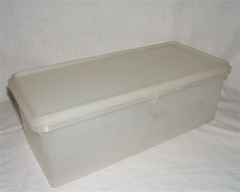 Outdoor Dining Jumbo Tupperware vintage tupperware sheer jumbo bread keeper storage box