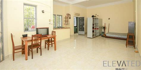 1 bedroom townhouse for rent riverside studio renovated townhouse for rent in phsar chas 700 elevated realty co
