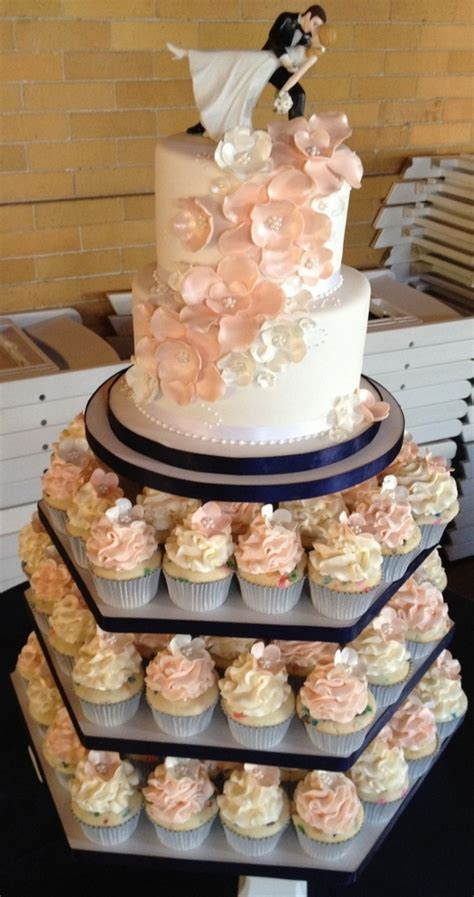 Wedding Cake With Cupcakes by Cupcake Wedding Cakes 22 Stylish
