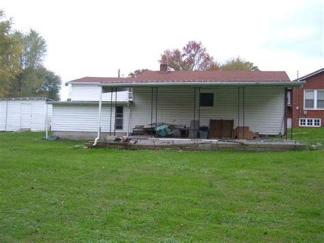 ayers auction realty absolute estate auction 3 br