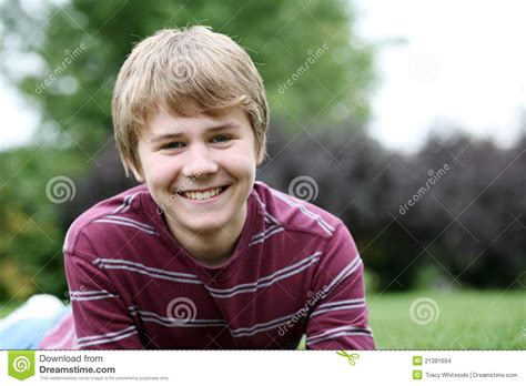 preteen bys cute preteen boy smiling stock images image 21381694