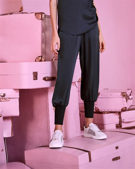 Joger Riped Olld Navy Size 4 5 6 missguided pocket detail satin jogger aubergine octer 163 22 00