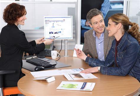 deutsche bank ausbildung bankkaufmann ausbildung zum bankkaufmann bei der targobank ein azubi