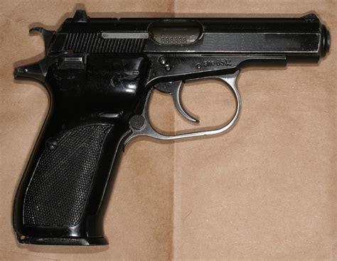 Or Cz Pistolet Cz 82 Cz 83 Wikiwand