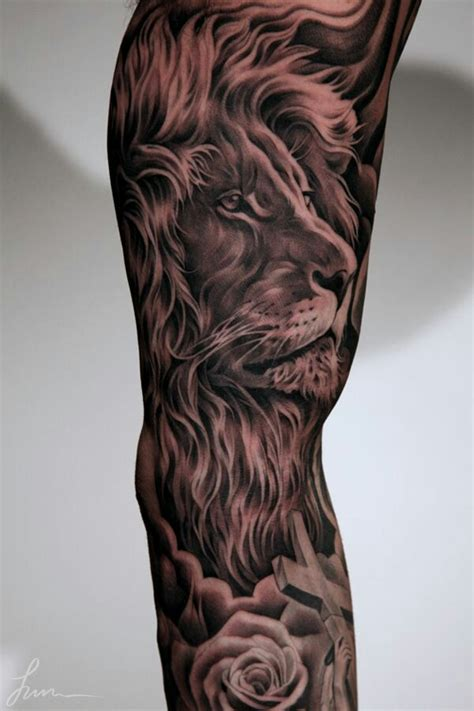 tattoo on arm lion lion tattoo tattoos pinterest lions and tattoo
