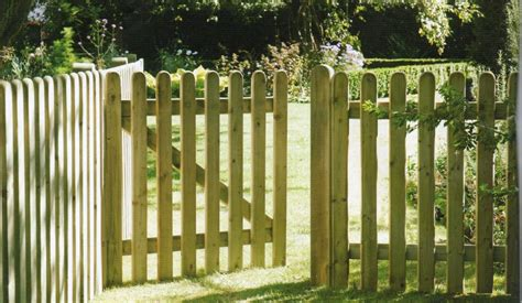Best Picket Fence Gate at Home ? Fence Ideas Fence Ideas