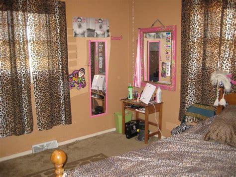 cheetah curtains bedroom cheetah curtains bedroom bedroom curtains
