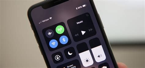 open  control center   iphone  xs xs max