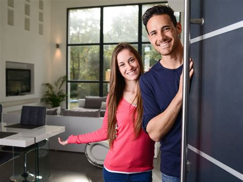 create  welcoming guest room dodds furniture mattress