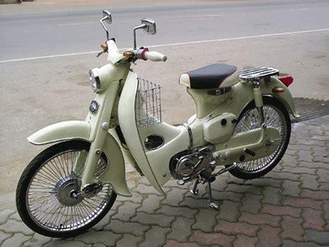 Gembok Velg Mobil motor antik honda c70 bursa barang antik