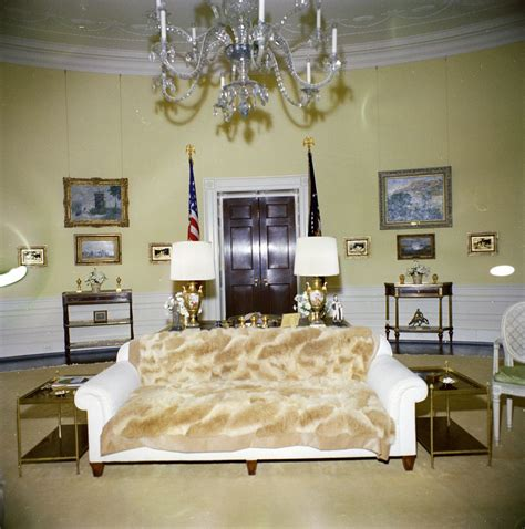 Jackie Kennedy White House Kn C19638 Yellow Oval Room White House John F Kennedy