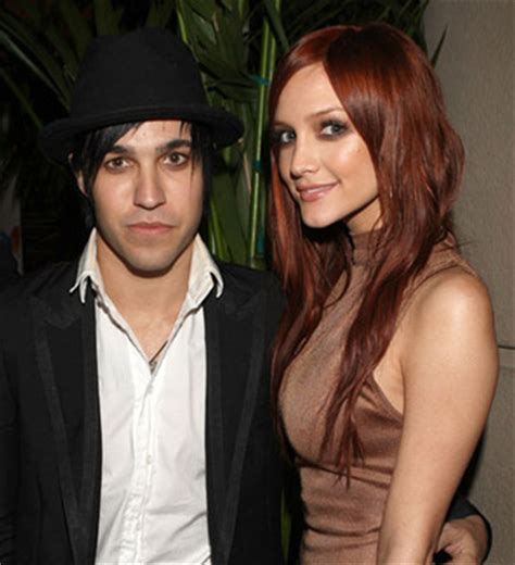 No Sweet Between Pete Wentz And Ashlee by Pete Wentz Begged Ashlee To Stay Before Divorce