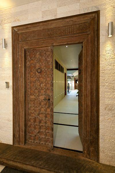 designer chris vandyke designs  grand entrance