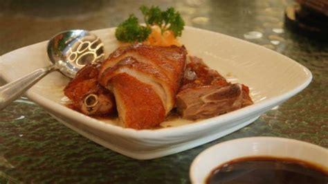 Bebek Peking Muda lezatnya menu bebek peking di the duck king daging