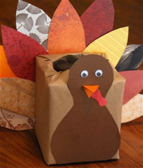 How To Make A Thanksgiving Turkey Out Of Construction Paper - scrap paper turkey box allfreekidscrafts