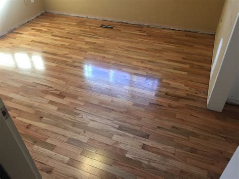 hard wood floor refinishing service