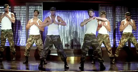 magic mike stripping scene it strip tease magic mike gif wifflegif