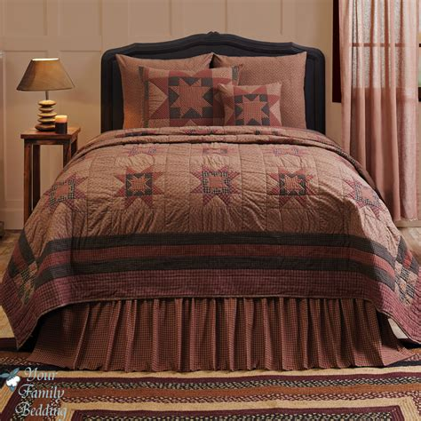bed check country style bedroom design with country quilt bedding