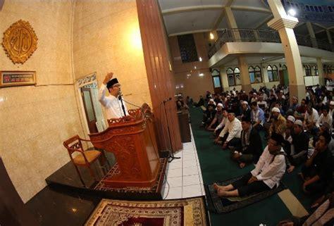 Fadhil Agency Keajaiban Shalat Subuh damaikan suasana dengan shalat subuh berjamaah di masjid infobdg
