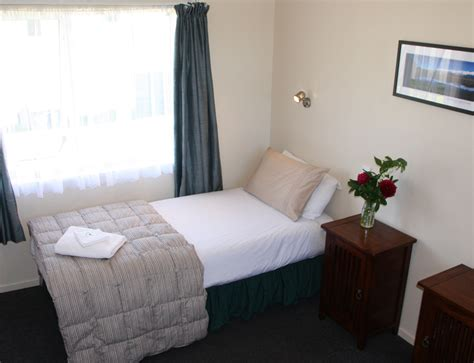 motel beds motel beds motel units middlemarch holiday park