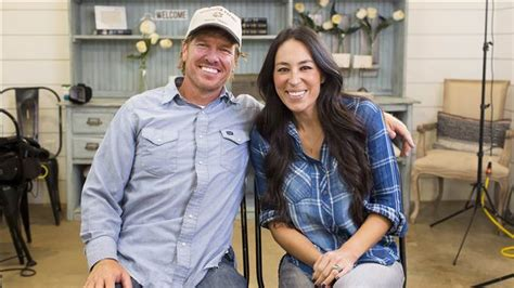 where does chip and joanna gaines live joanna gaines dishes on date night and the 1 item she can