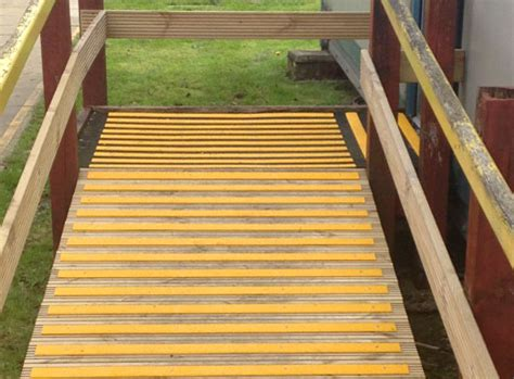 anti slip decking non slip deck strips step strips